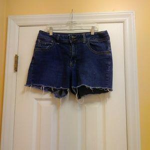 St Johns Bay Women's Shorts Size 12 Stretch Cutoff